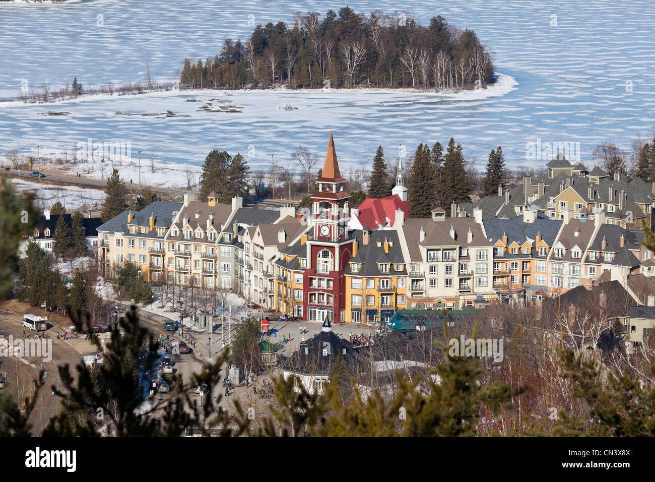 Canada, Quebec province, Laurentians region, Mont Tremblant, ski resort, the village and Tremblant lake frozen in - Stock Image