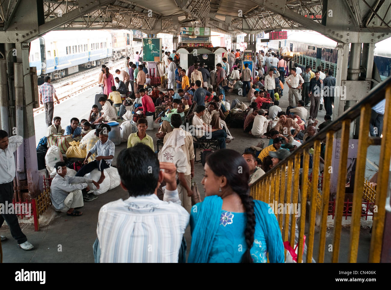 A busy train station in India - Stock Image
