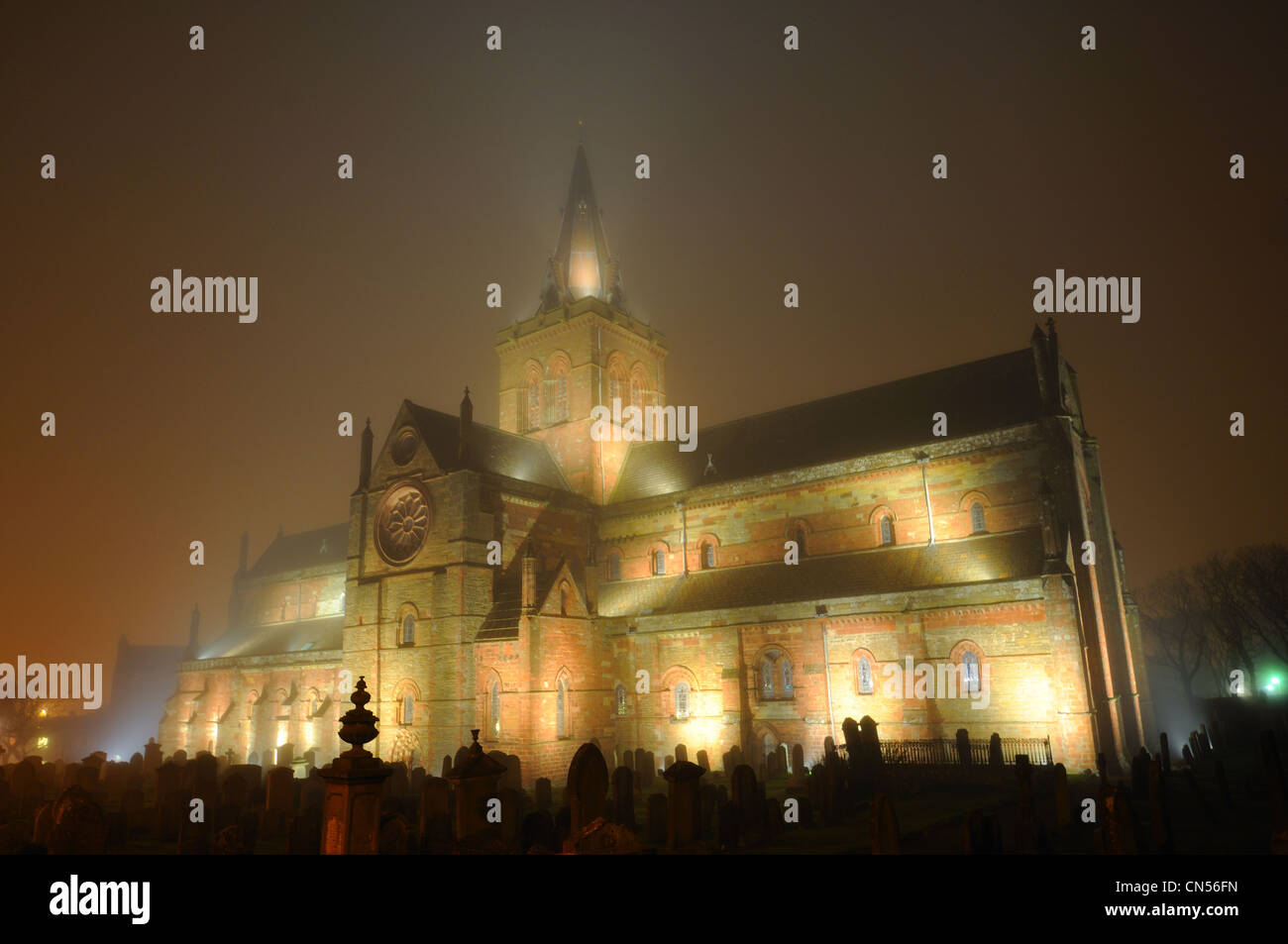 St Magnus Cathedral in the fog, Kirkwall, Orkney - Stock Image