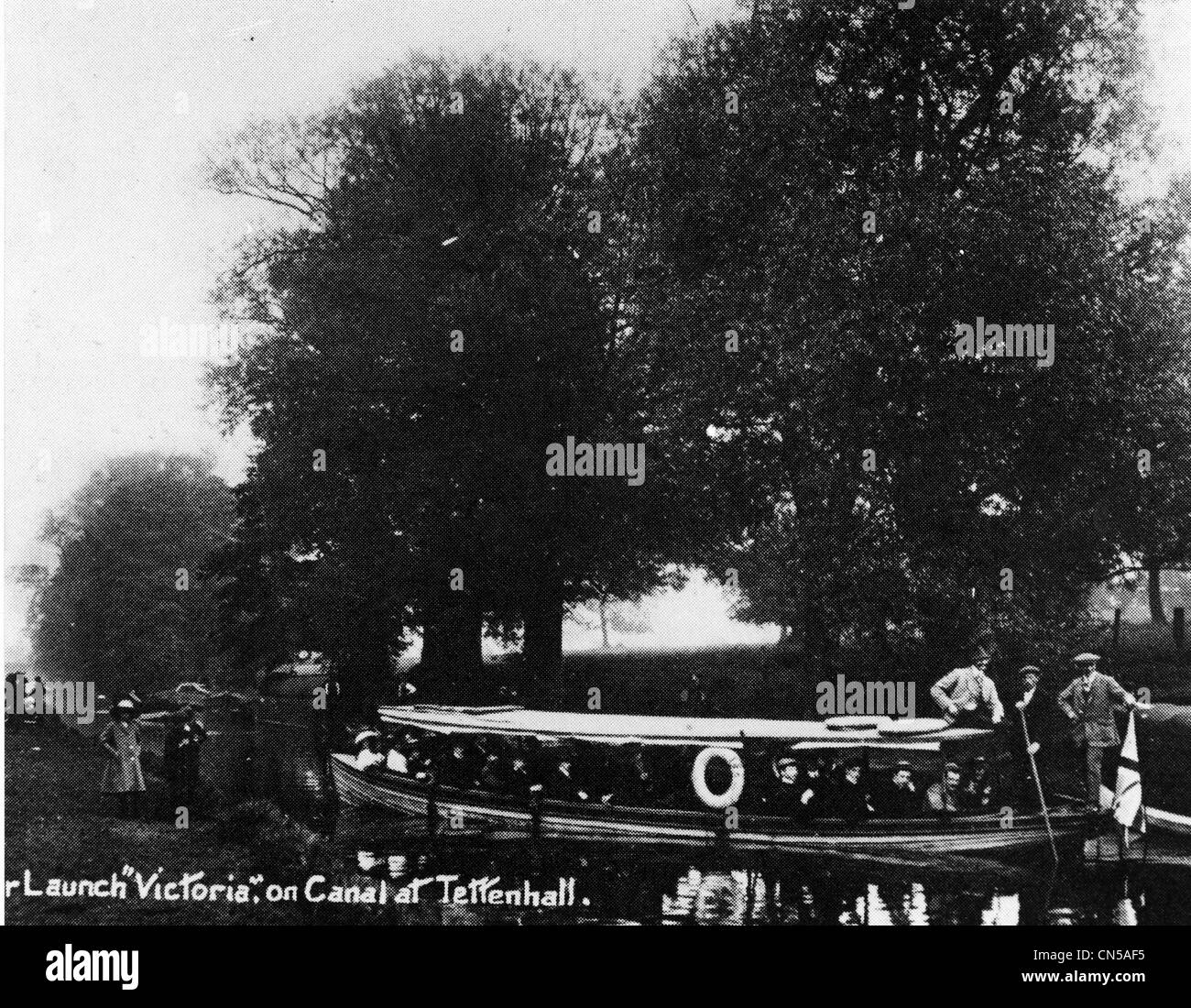Launch on Staffordshire and Worcestershire Canal, Tettenhall, early 20th century. - Stock Image