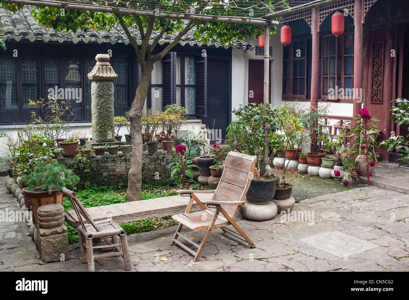 Traditional yard of Chinese house, located Tongli of Suzhou - Stock Image
