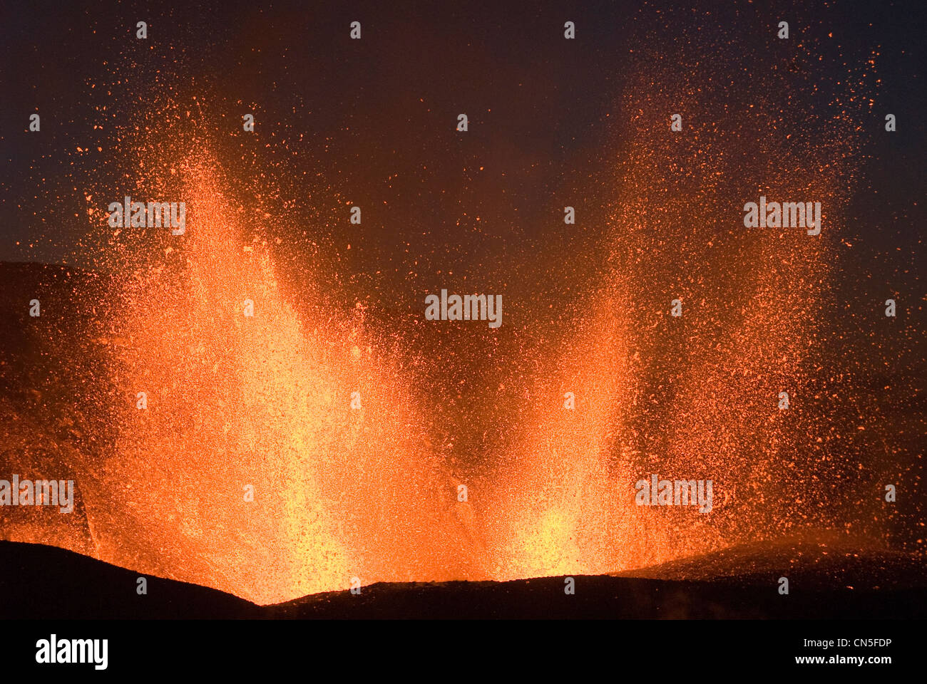 Iceland, Sudurland Region, Fimmvorduhals Volcano, volcanic eruption between the Glacier Eyjafjallajokull and the - Stock Image