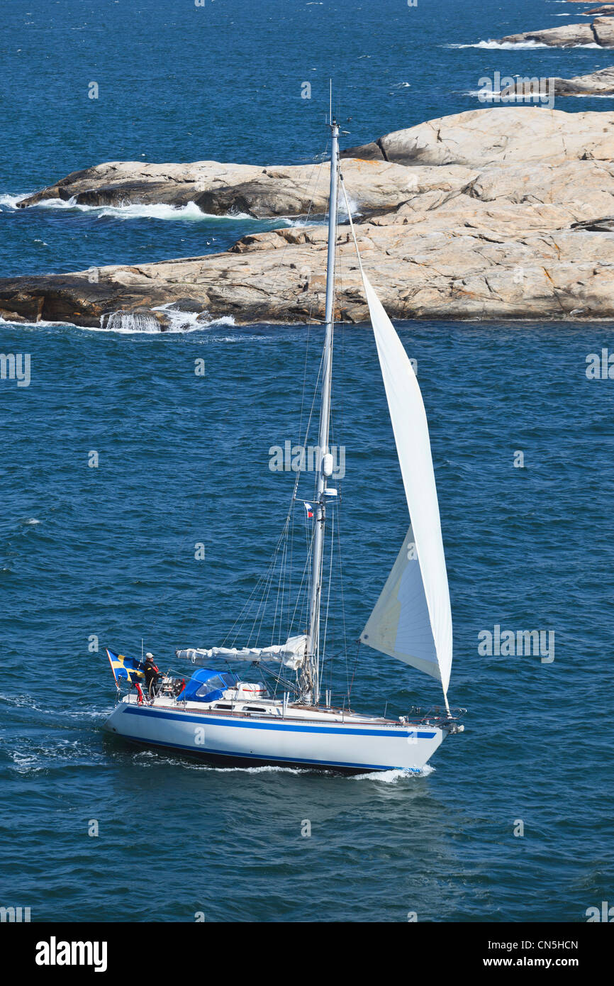 Sailboat in west coast archipelago in Sweden - Stock Image