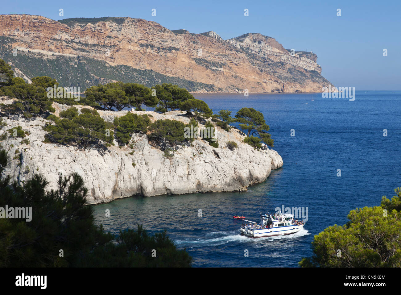 France, Bouches du Rhone, Cassis, Port Pin creek (calanque) - Stock Image
