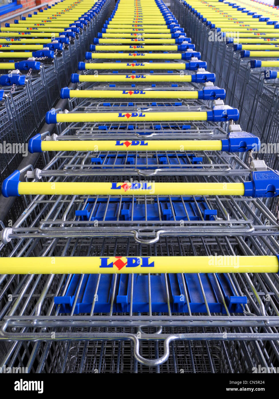 Lidl shopping trolleys stacked together - Stock Image