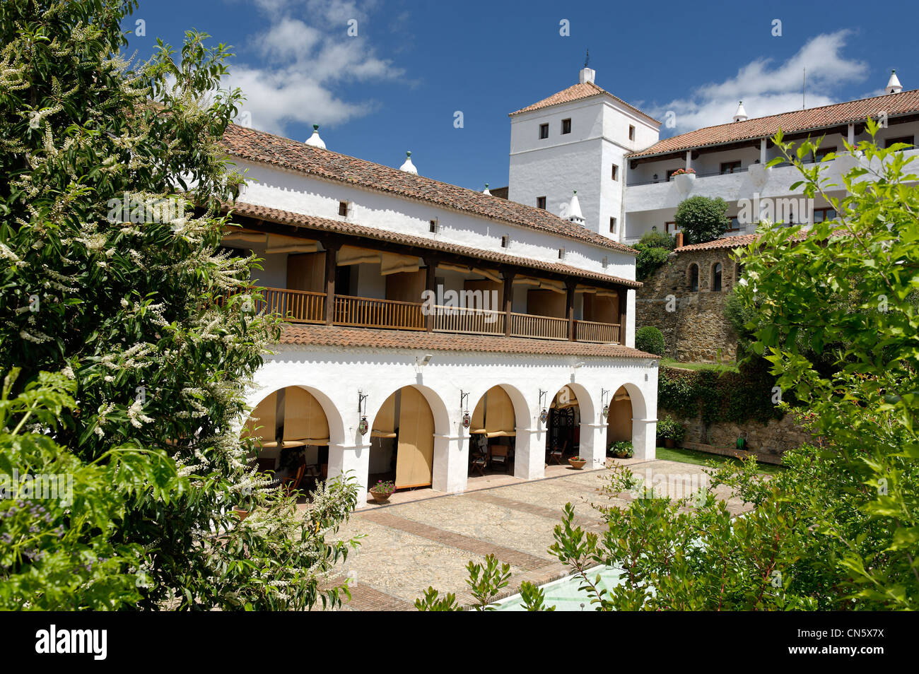 Spain, Extremadura, Guadalupe, Parador of Tourism, the former palace of the Marquis de la Romana Écouter - Stock Image