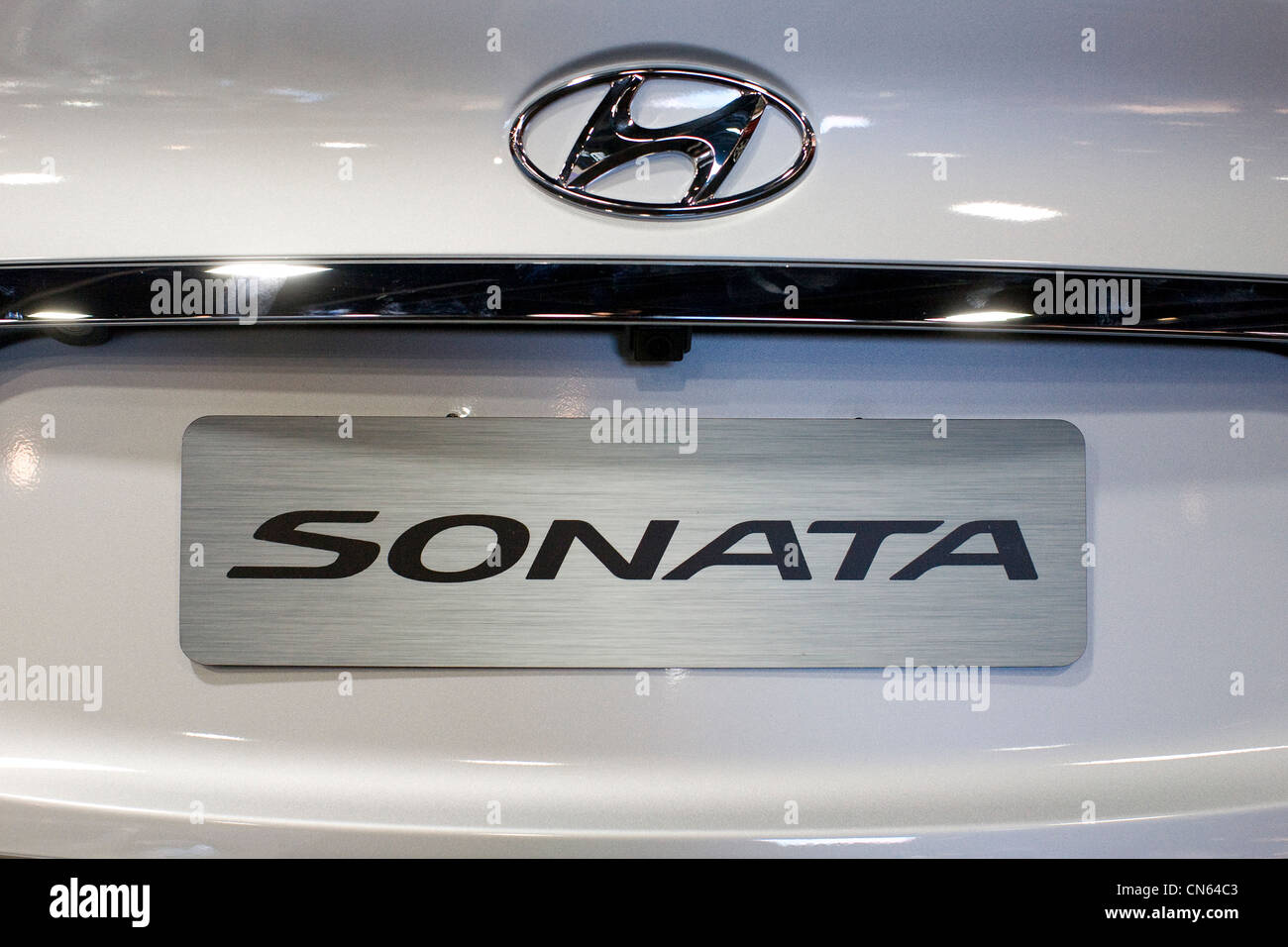 Hyundai Car Badge Stock Photos Hyundai Car Badge Stock Images Alamy