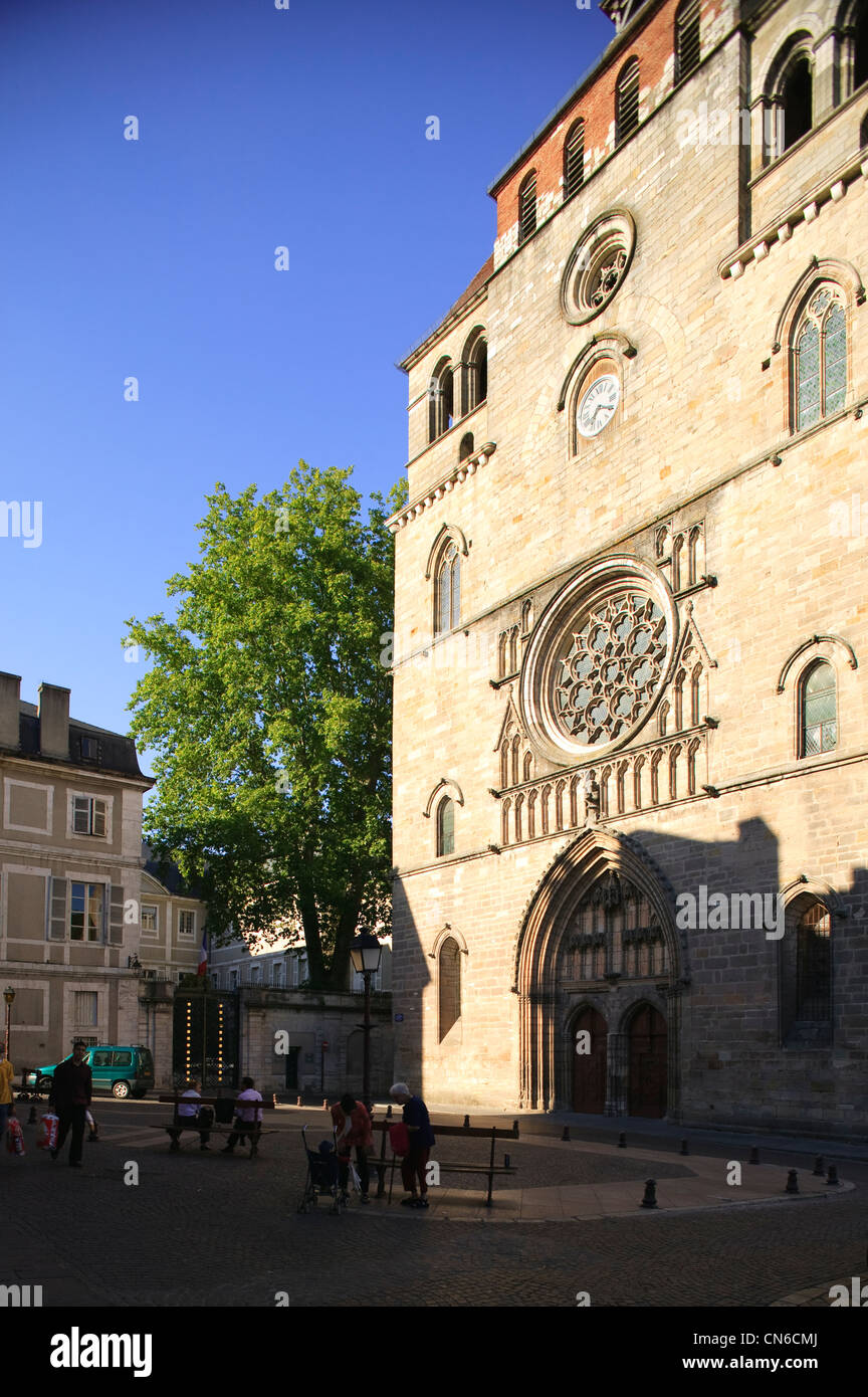Saint Etienne Cathedral Cahors Lot Occitaine France Stock Photo