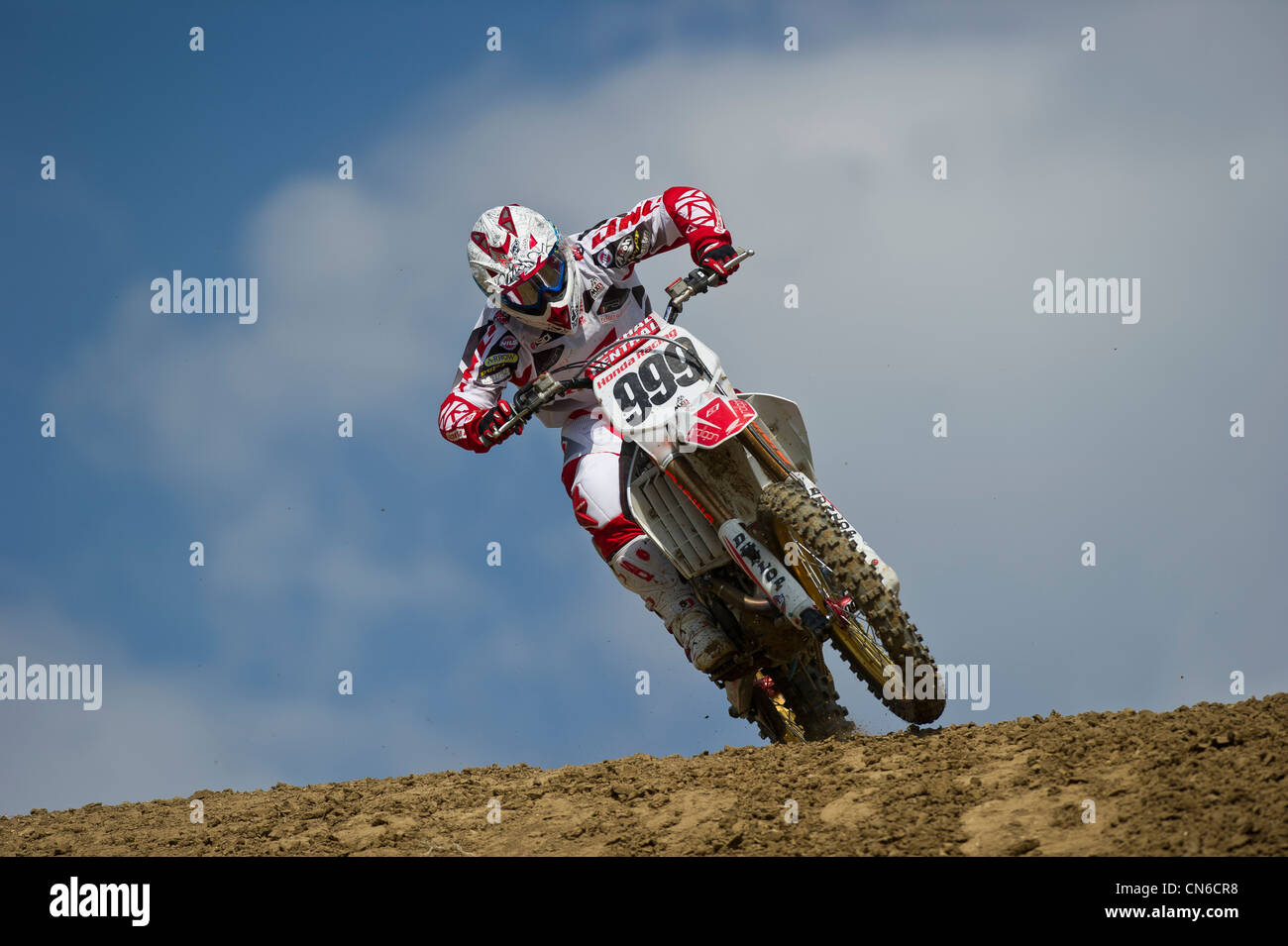 Honda motocross racer Rui Goncalves 999 crests Bulgarian world championship GP hill - Stock Image