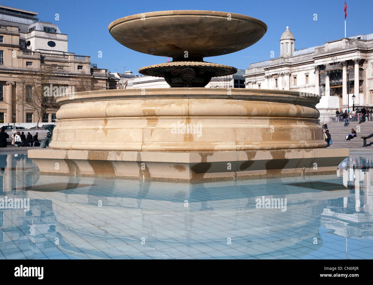 Fountains in Trafalgar Square, London, switched off because of drought - Stock Image