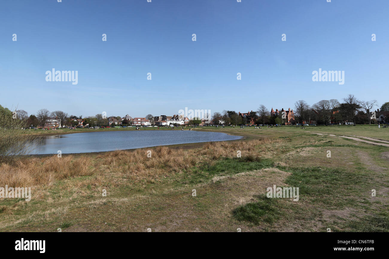 5678a8b676e49 Wimbledon Common Pond Stock Photos & Wimbledon Common Pond Stock ...
