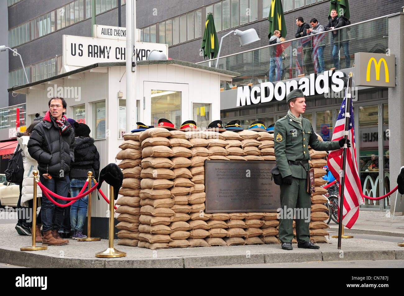 Berlin germany checkpoint charlie replica original in for Replica mobel deutschland
