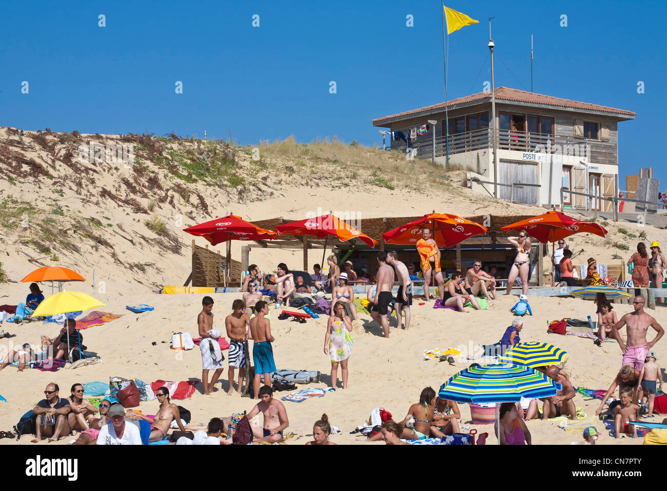France, Landes, St Julien en Born, Contis beach with rescue point - Stock Image