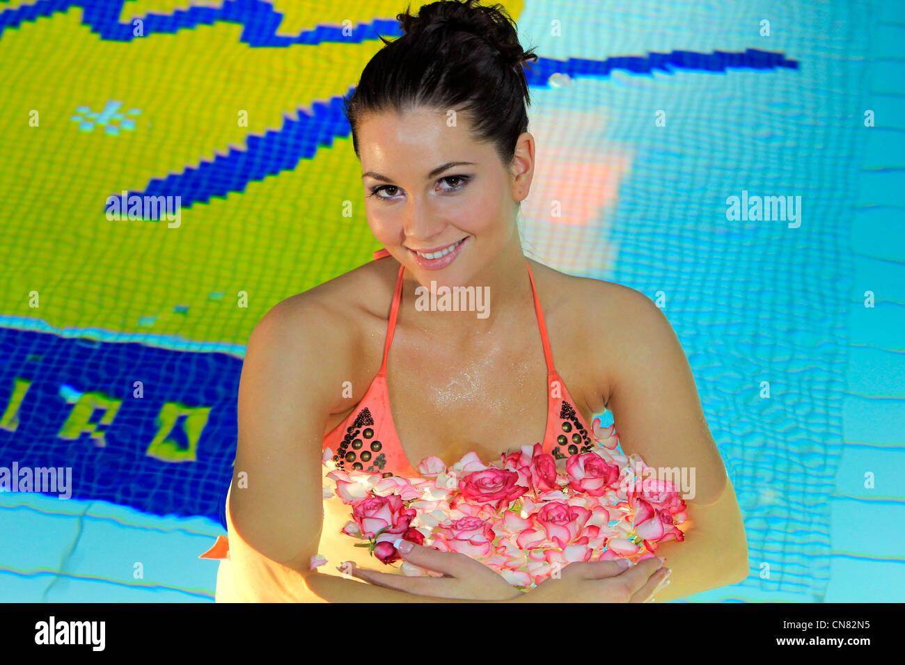 ab9a3711f832b Woman In Swimmingpool Stock Photos   Woman In Swimmingpool Stock ...
