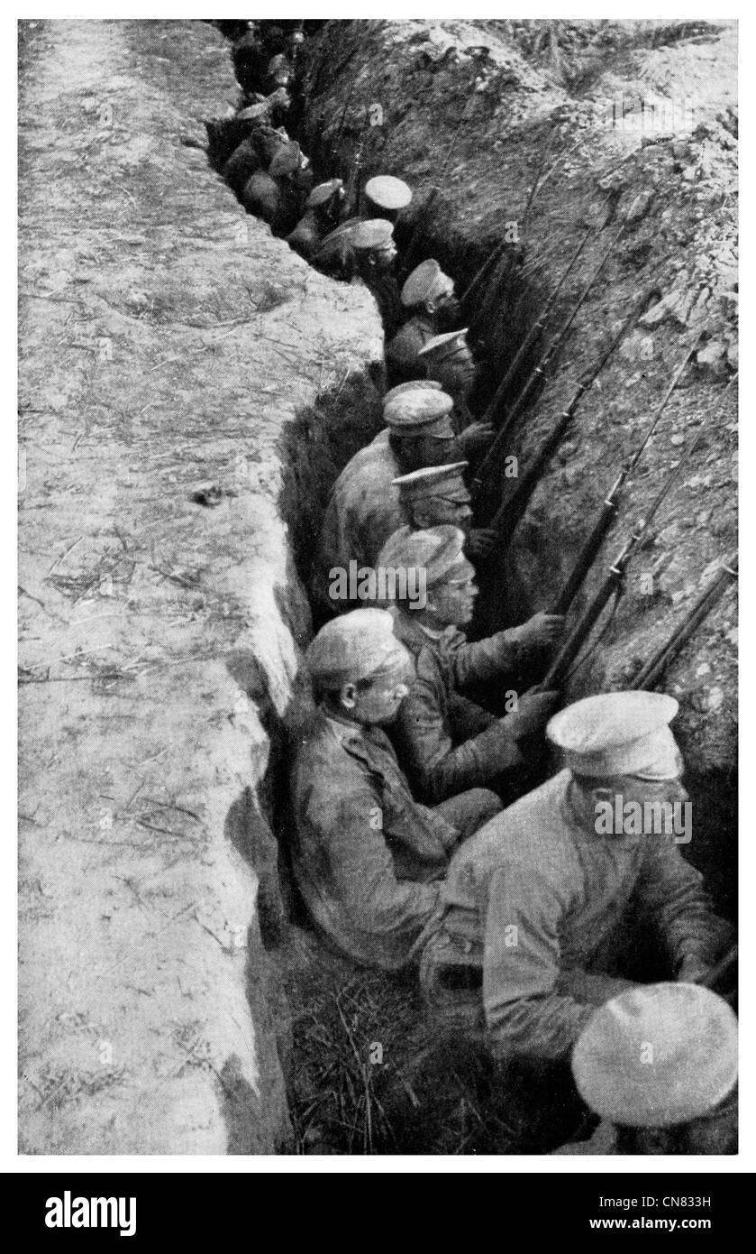 1917 Russian rear guard trench awaiting German attack front line World War - Stock Image