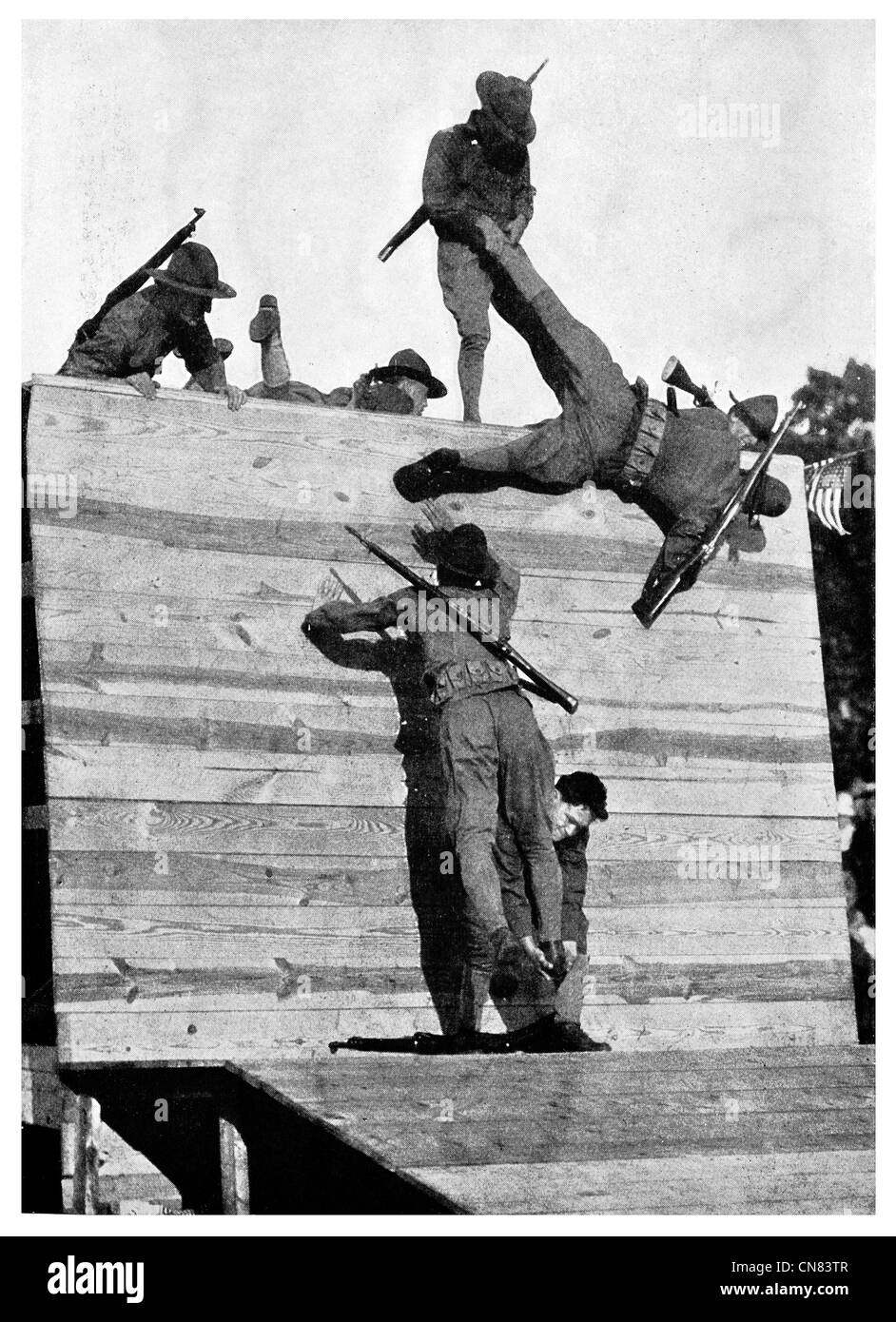 1917 Camp Wadsworth Wall scaling training military camp US Army - Stock Image