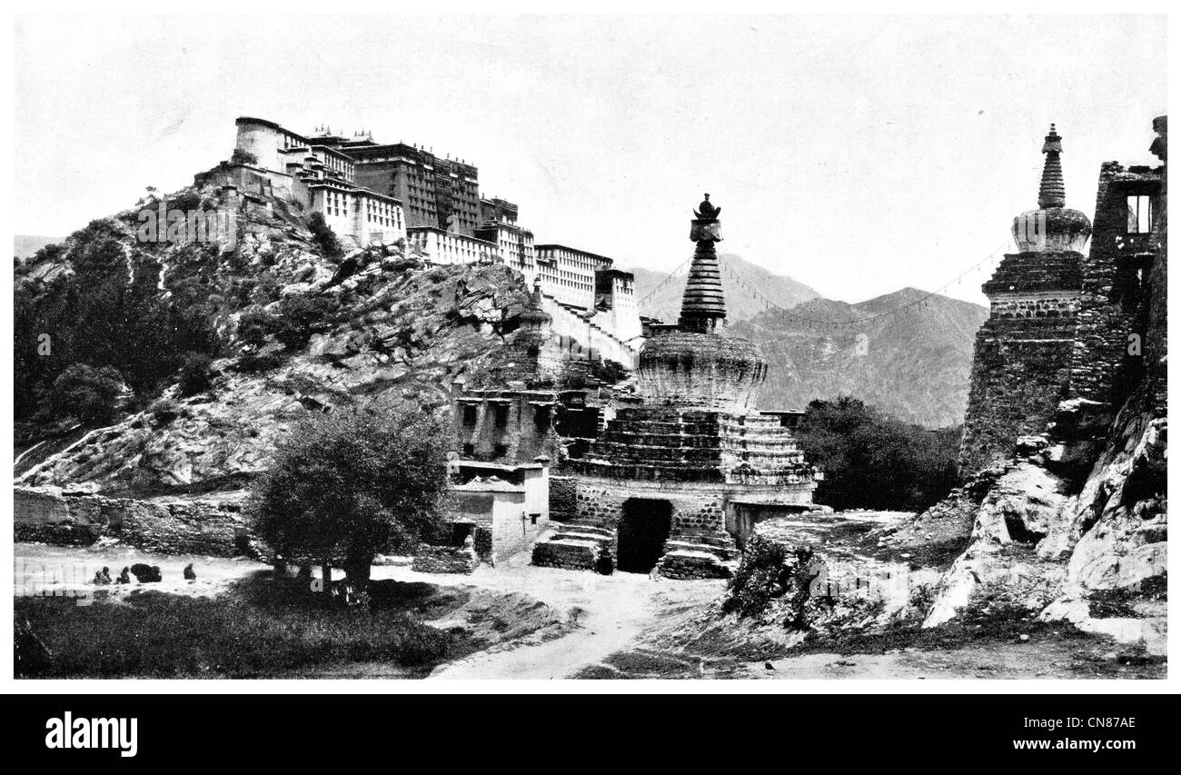 First published 1916  Entrance to Lhasa Tibet - Stock Image