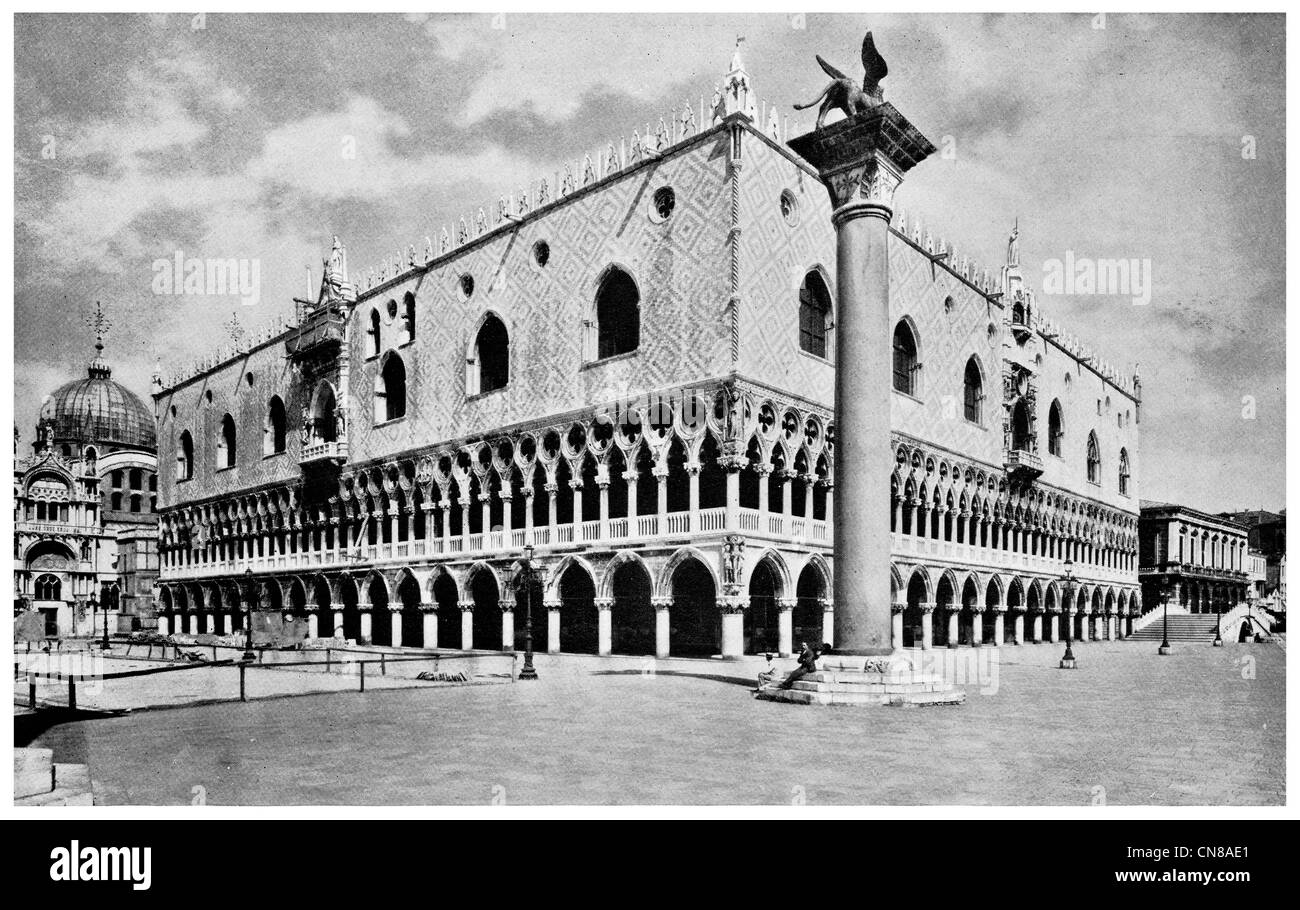 First published 1915 Doge's Palace  Venetian Republic St Mark's square - Stock Image