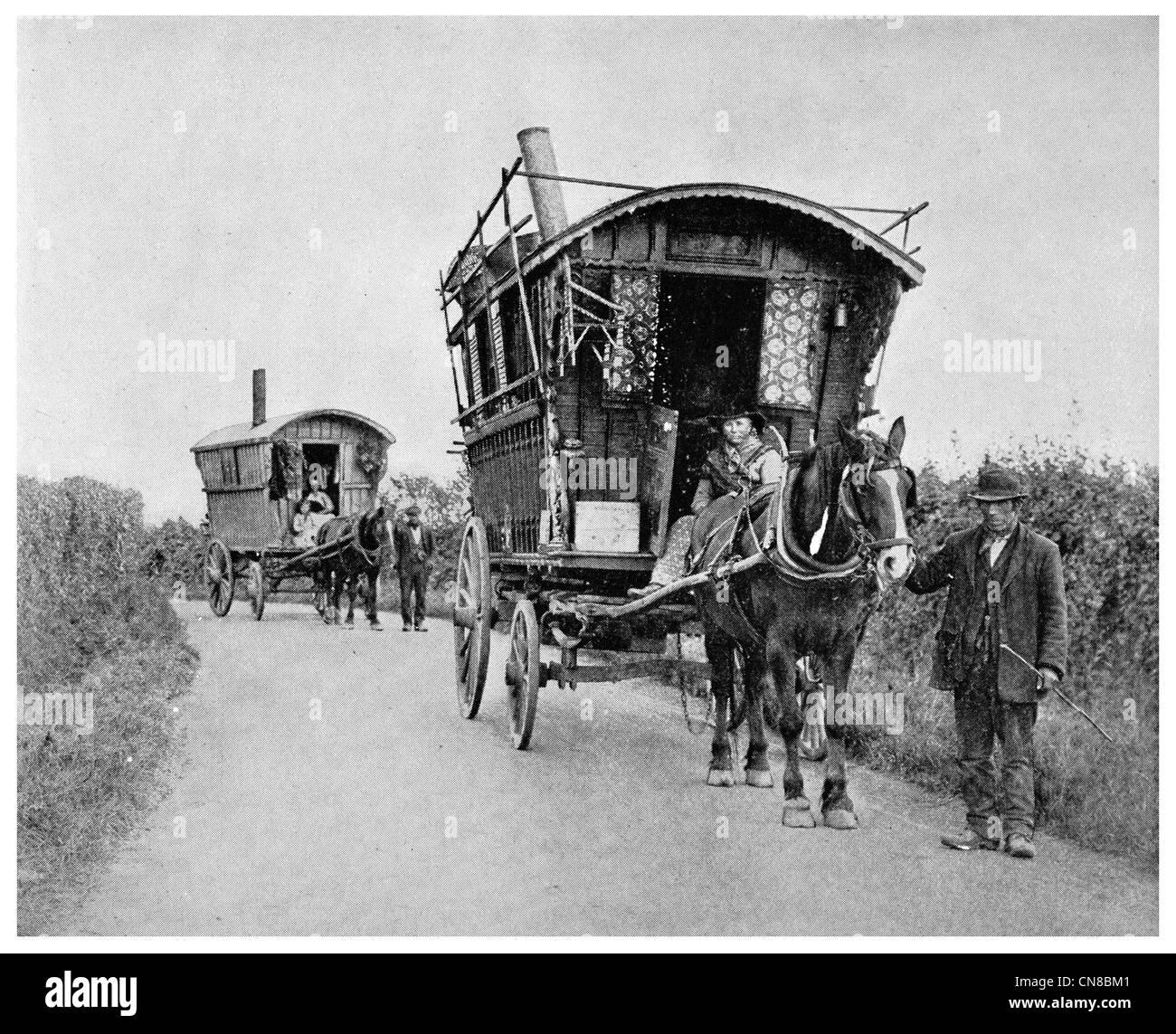 First published 1914 Gypsy caravan Surrey Romani - Stock Image