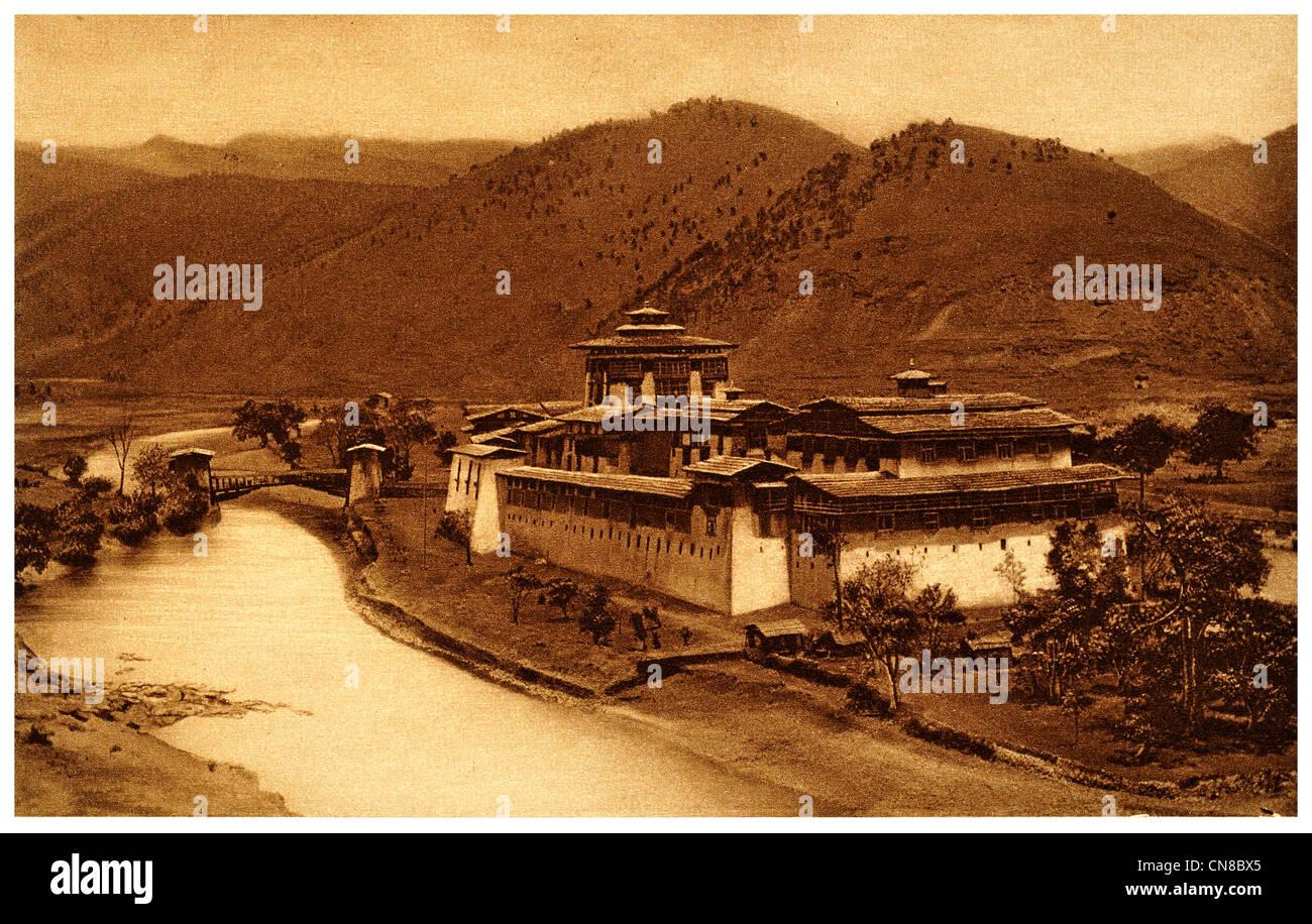 First published 1914 Punakha Jong dzong fortress castle winter palace government Bhutan a - Stock Image