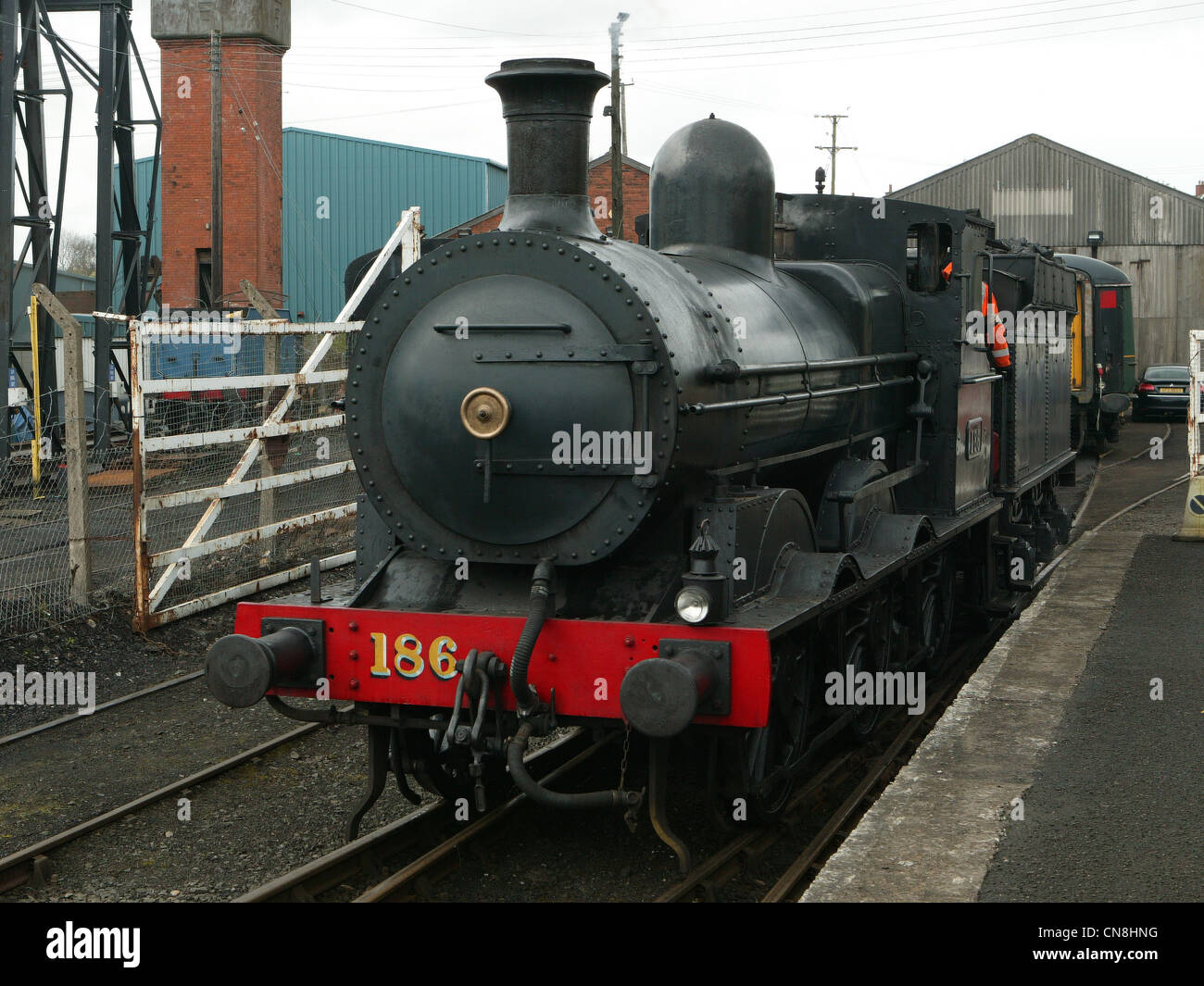 GSWR Steam Train, Engine 186 101 (CLASSIFIED J15 BY GREAT SOUTHERN RAILWAY. 1925) 0-6-0 - Stock Image
