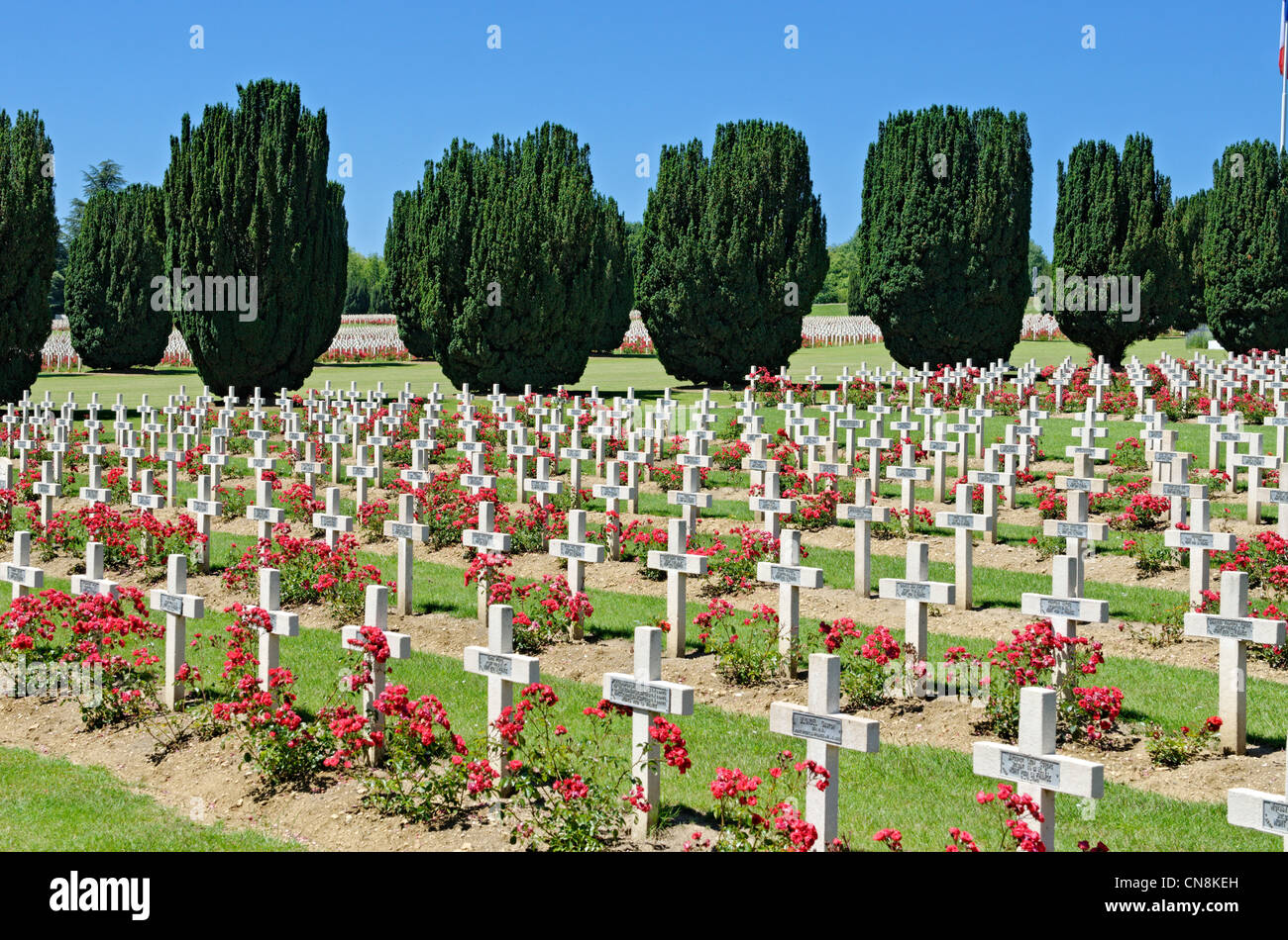 France, Meuse, Douaumont, Douaumont Ossuary, military cemetery containing the graves of fifteen thousand French - Stock Image