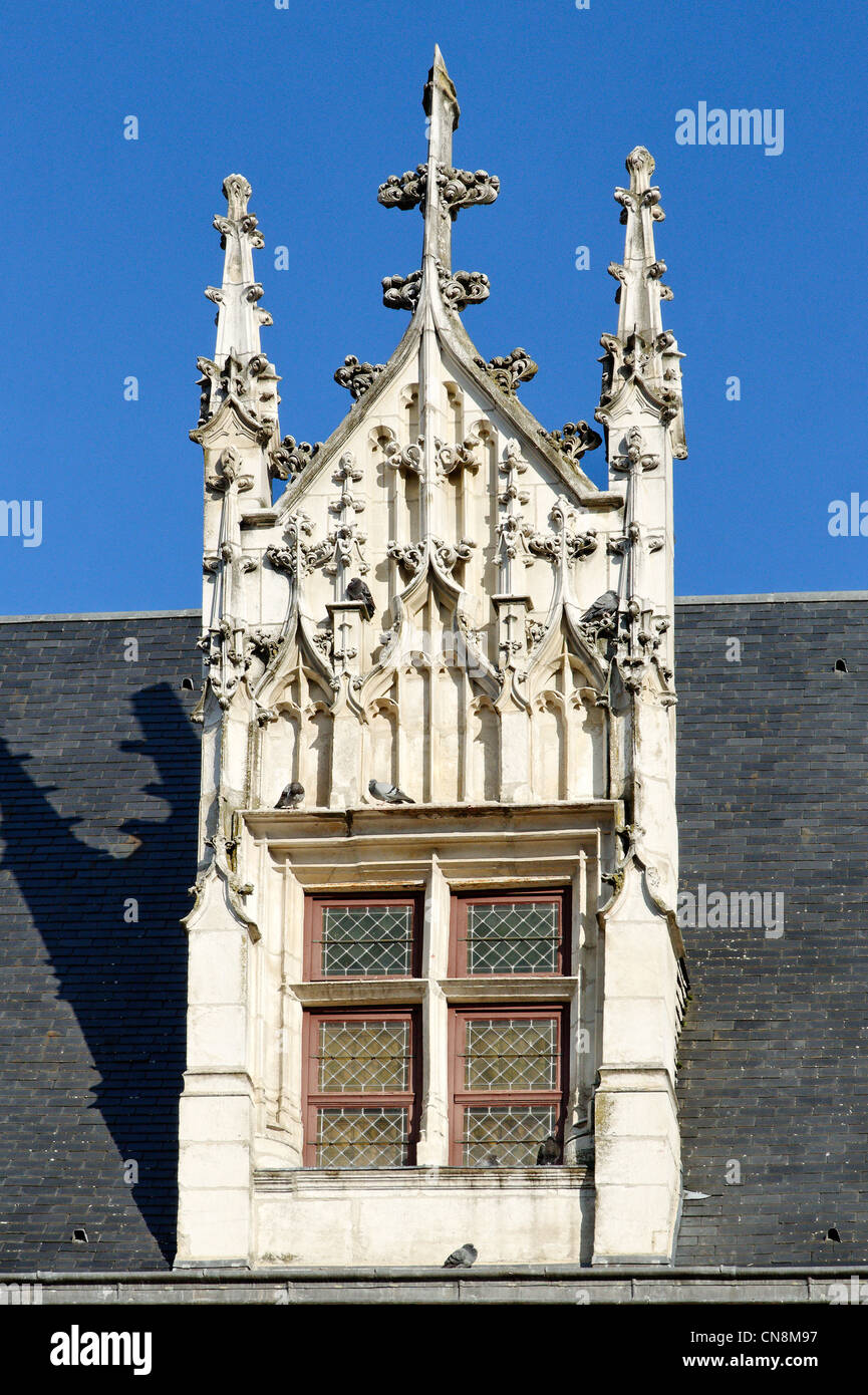France, Aube, Troyes, detail of carved stone window - Stock Image
