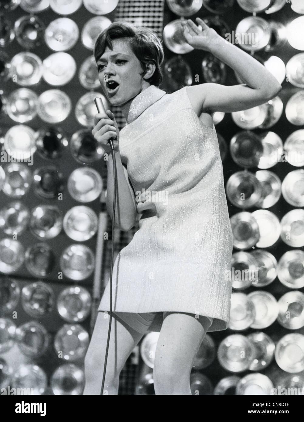 foto Rita Pavone (born 1945)