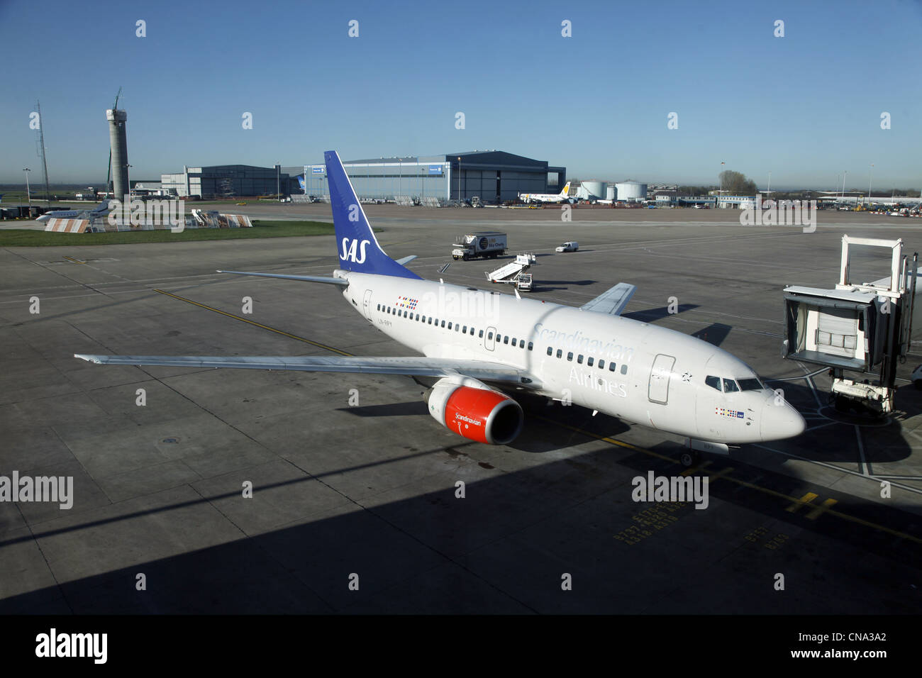 SCANDINAVIAN AIRLINES BOEING 737 MANCHESTER AIRPORT TERMINAL 1 26 March 2012 - Stock Image
