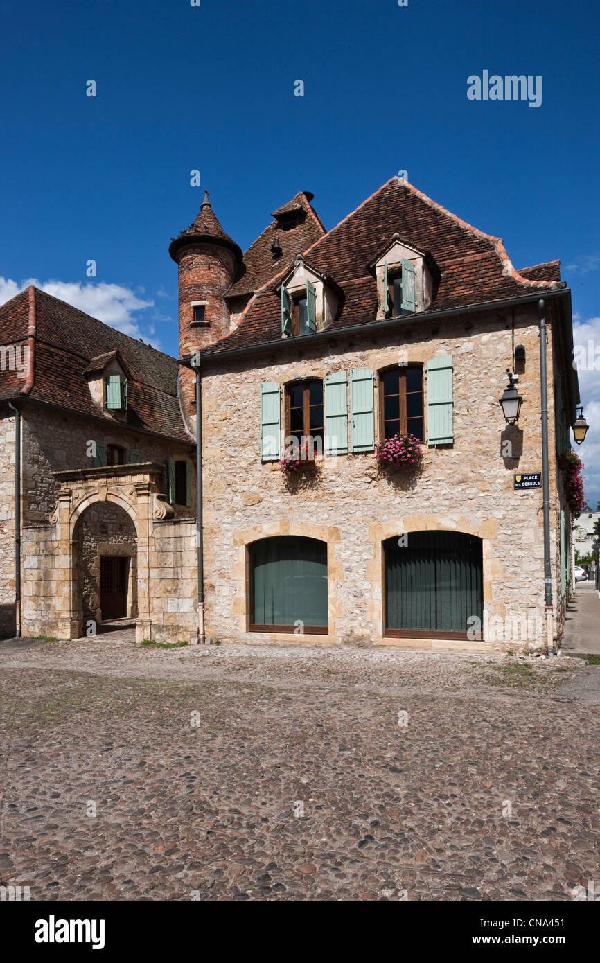 France, Lot, Bretenoux, fifteenth century house on the Place des Consuls de la Bastide - Stock Image