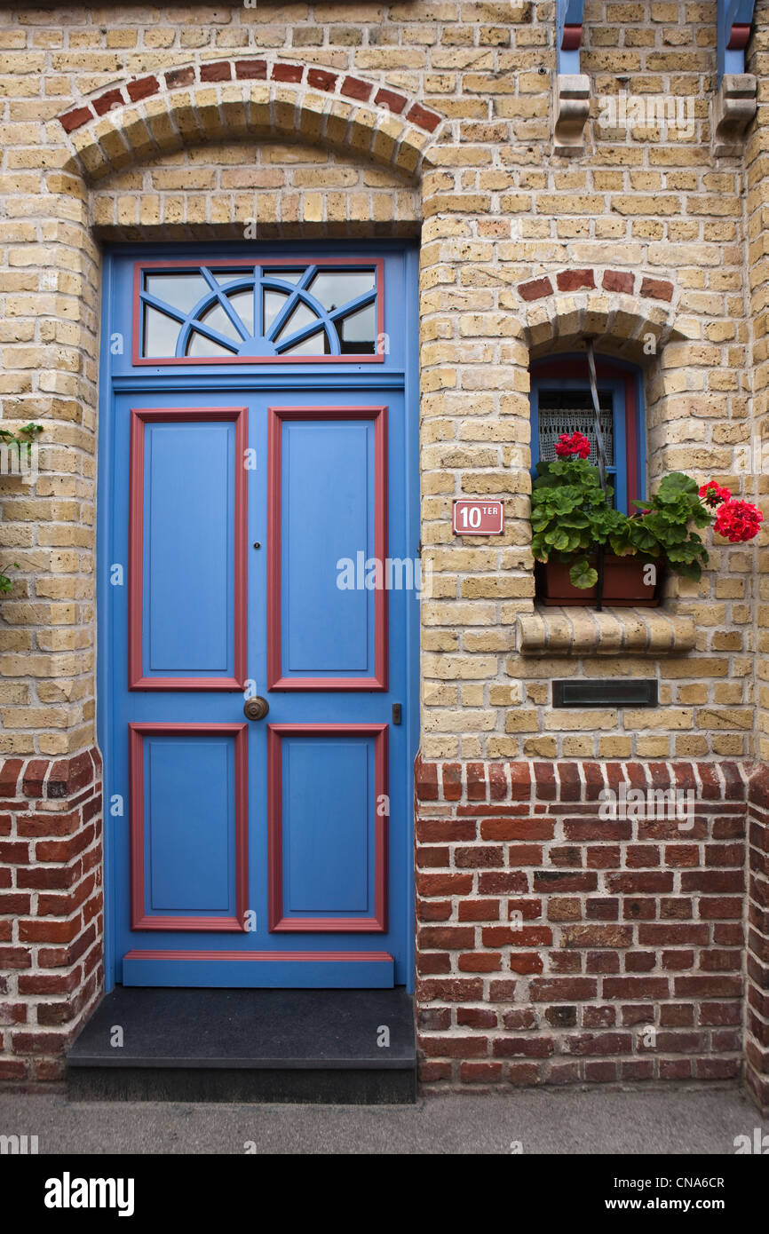 France, Nord, Bergues, detailed house Flemish architecture - Stock Image