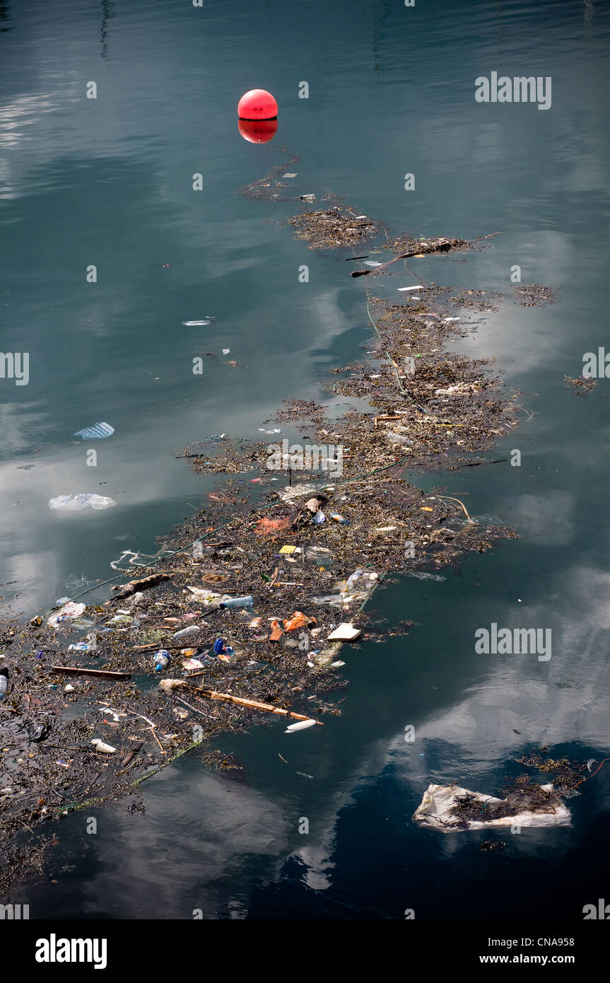 rubbish in the sea,rubbish and pollution on the sea;harbours.'Great Pacific Garbage Patch' or 'Eastern - Stock Image