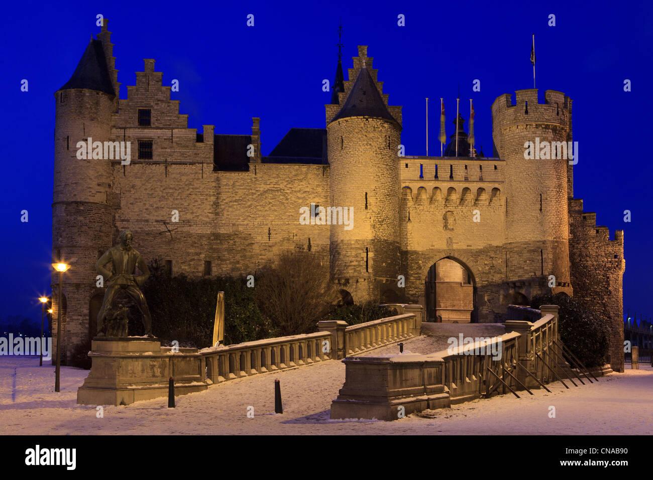 Het Steen (Antwerp Castle) during wintertime in Antwerp, Belgium - Stock Image