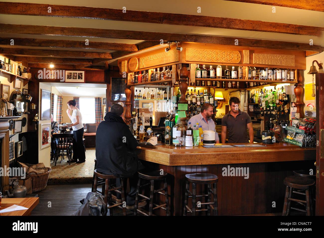 United Kingdom, Scotland, Inner Hebrides, Islay Island, Port Charlotte Hotel's pub - Stock Image