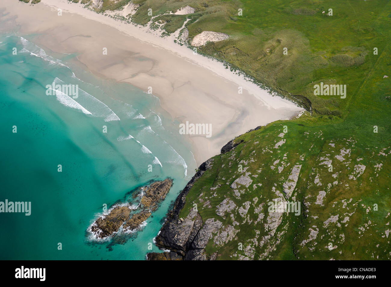 United Kingdom, Scotland, Outer Hebrides, Isle of Barra, beach on the north coast (aerial view) - Stock Image