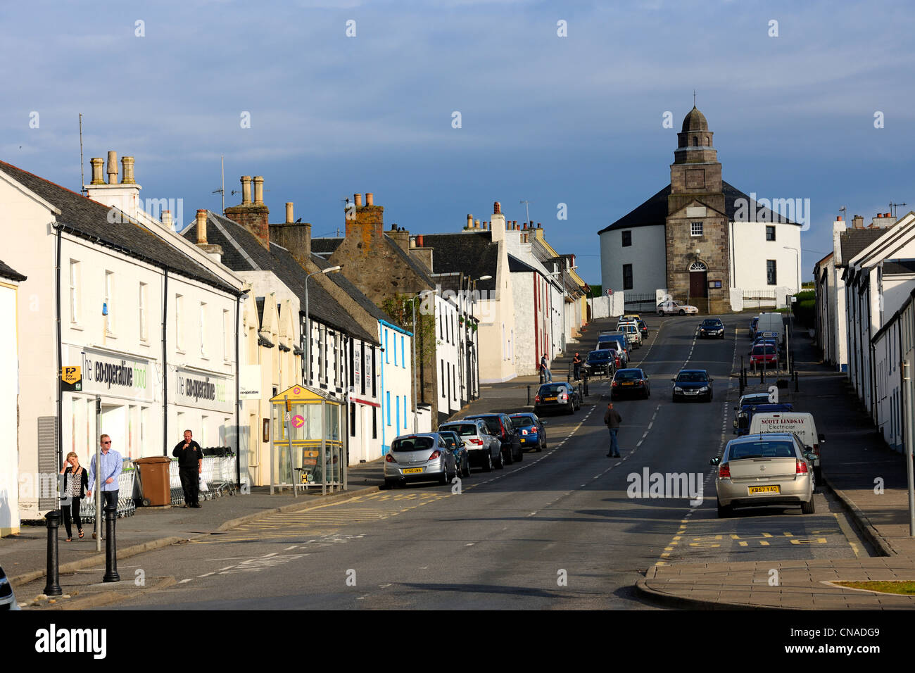 United Kingdom, Scotland, Inner Hebrides, Islay Island, Bowmore, the main street leading to the Round Church which - Stock Image