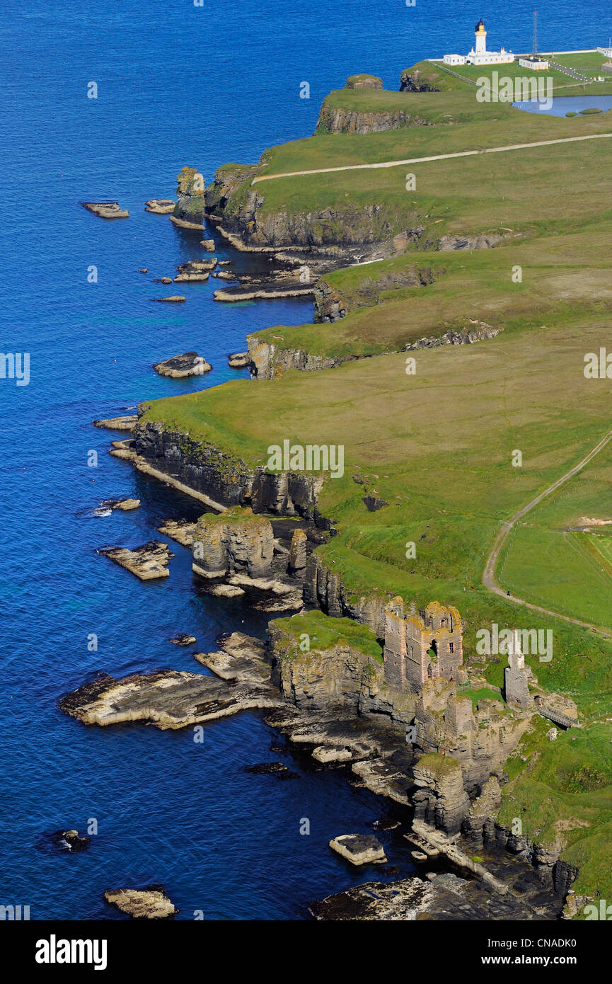United Kingdom, Scotland, Highland, Castle Sinclair Girnigoe located north of Wick on the east coast of Caithness - Stock Image