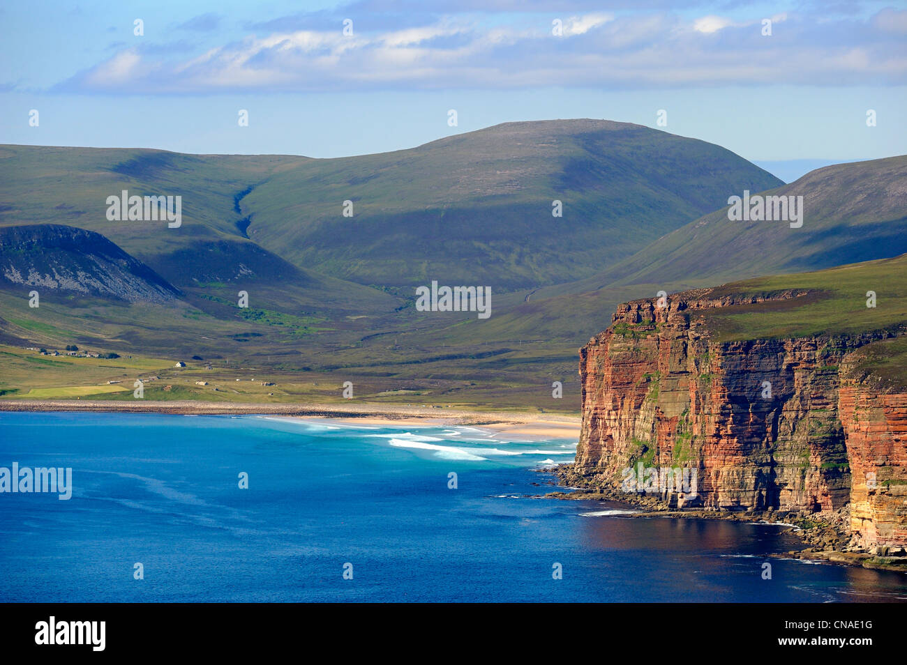 United Kingdom, Scotland, Orkney Islands, cliffs of the Island of Hoy on the Atlantic coast south of Rackwick (aerial - Stock Image
