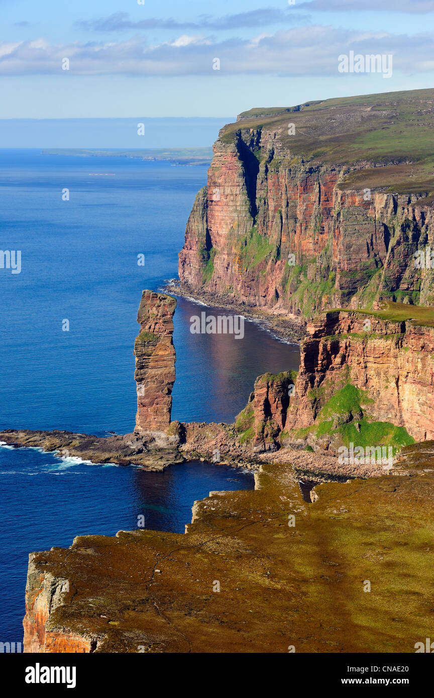 United Kingdom, Scotland, Orkney Islands, Island of Hoy, the distinctive landmark Old Man of Hoy is a 449 feet (137 - Stock Image
