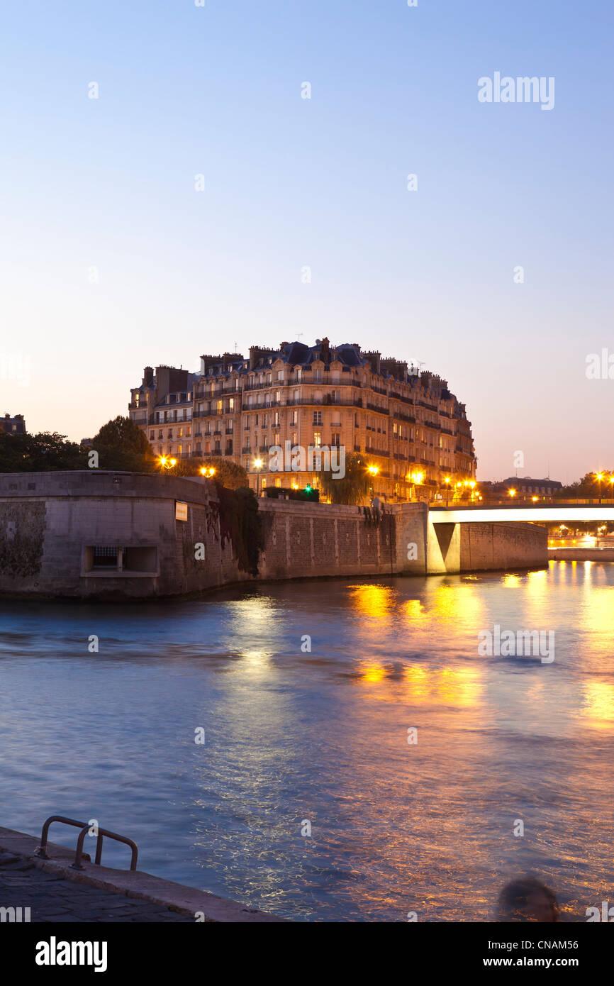 France, Paris, Seine river banks, listed as World Heritage by UNESCO, Ile de la Cite - Stock Image