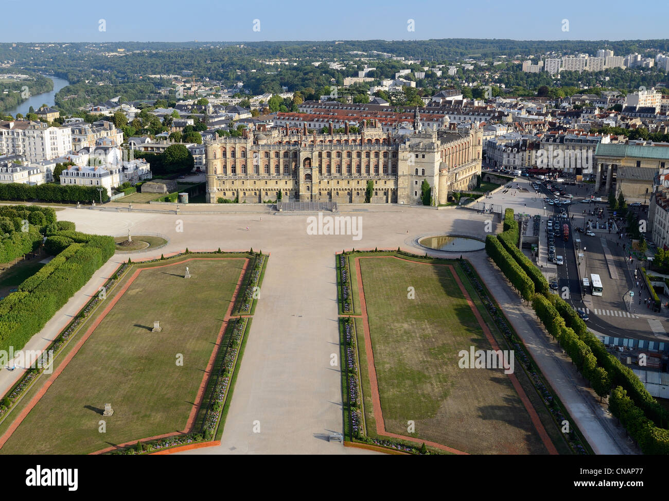 france yvelines saint germain en laye the castle headquarters of stock photo 47565483 alamy. Black Bedroom Furniture Sets. Home Design Ideas