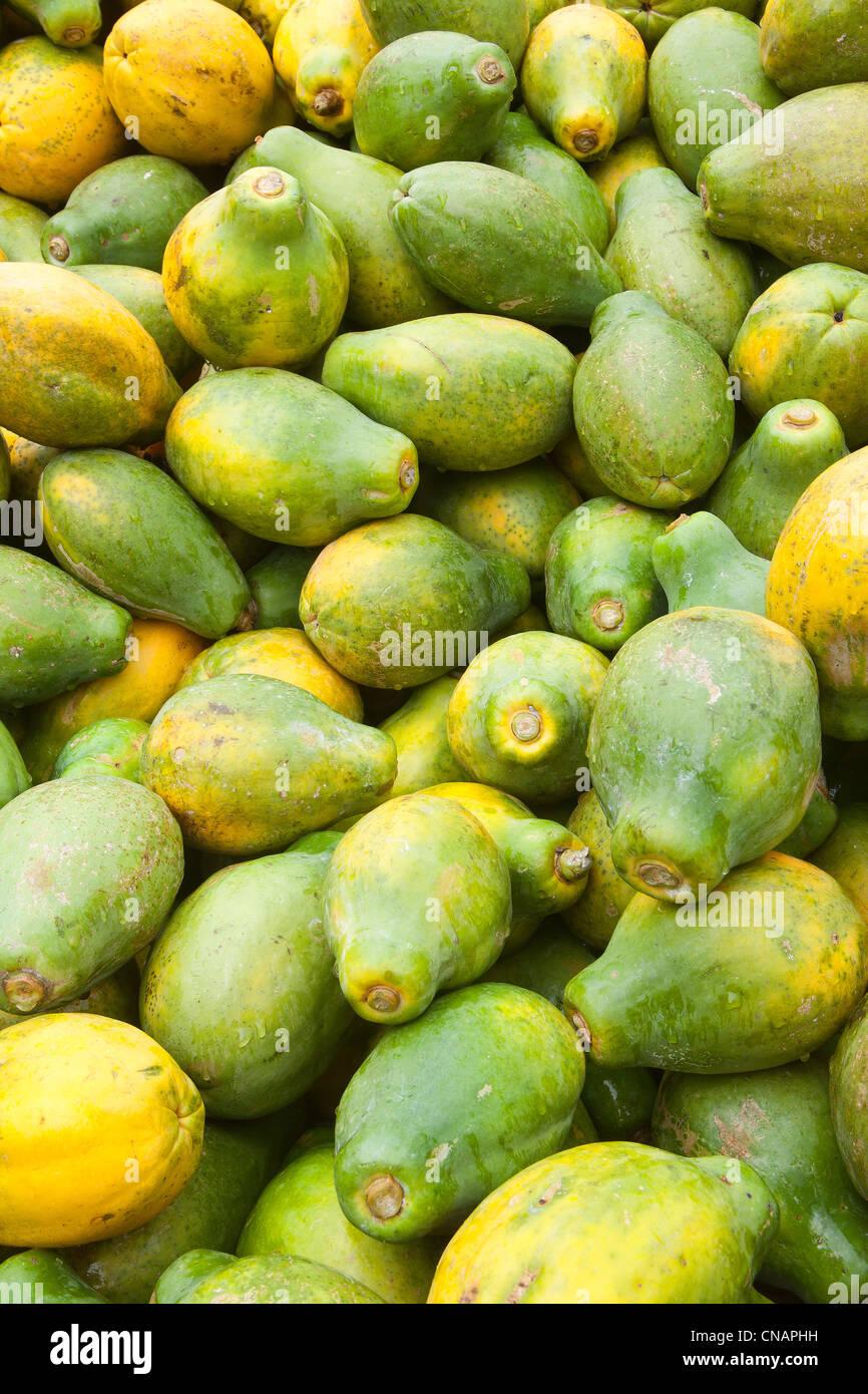 United States, Hawaii, Big island, Hilo, flower market, papayas for sale - Stock Image