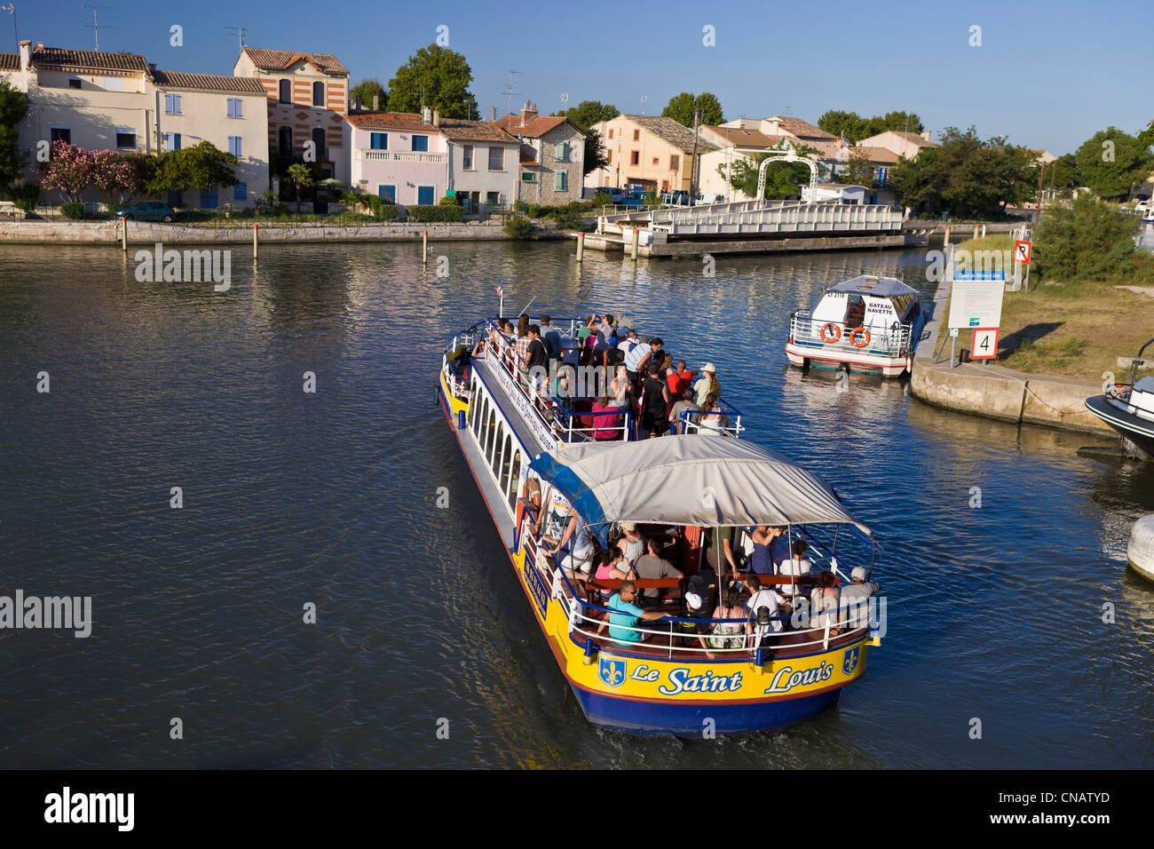 France, Gard, Aigues Mortes, cruise on the maritime channel - Stock Image