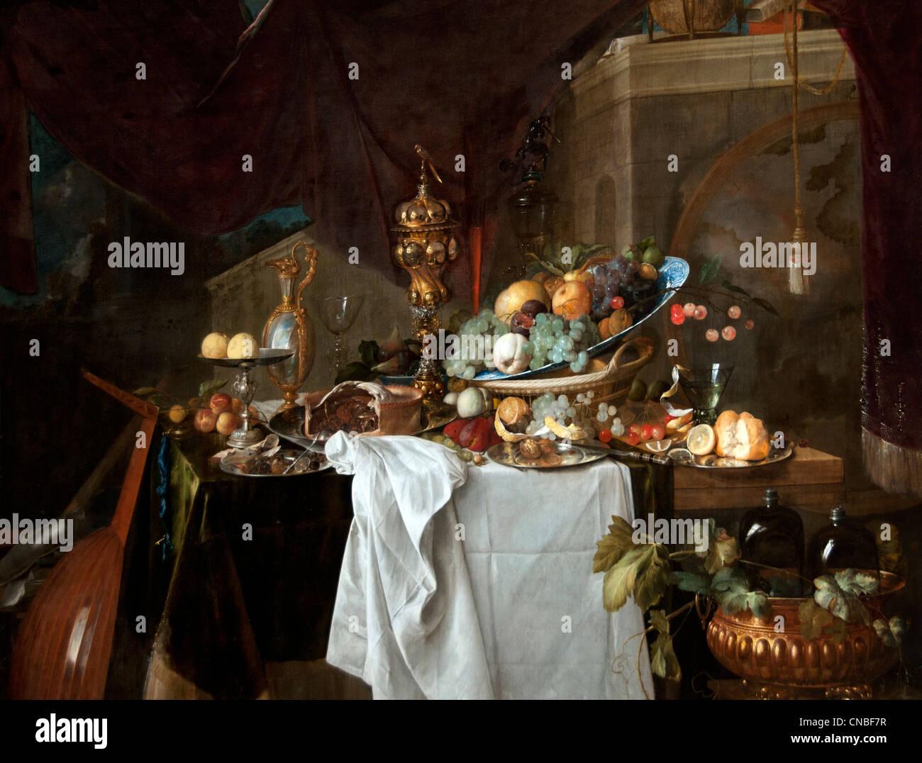 Fruit et riche vaisselle sur une table - Fruit and rich dishes on a table 1640 by Jan Davidz De Heem 1606-1683 Dutch - Stock Image