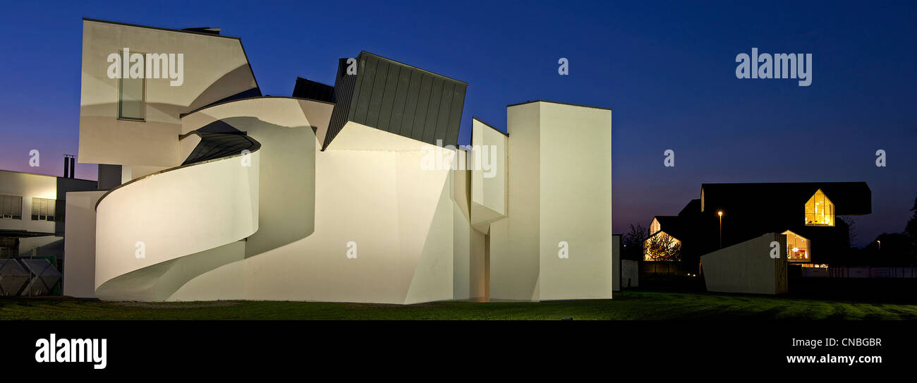 Germany, Baden Wuerttemberg, Weil am Rhein, Vitra Design Museum by architect Frank Gehry Stock Photo