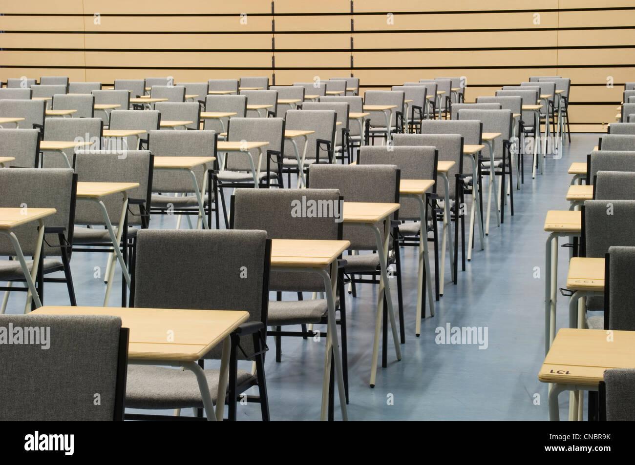 Modern High School Classroom : A modern facility for modern learning