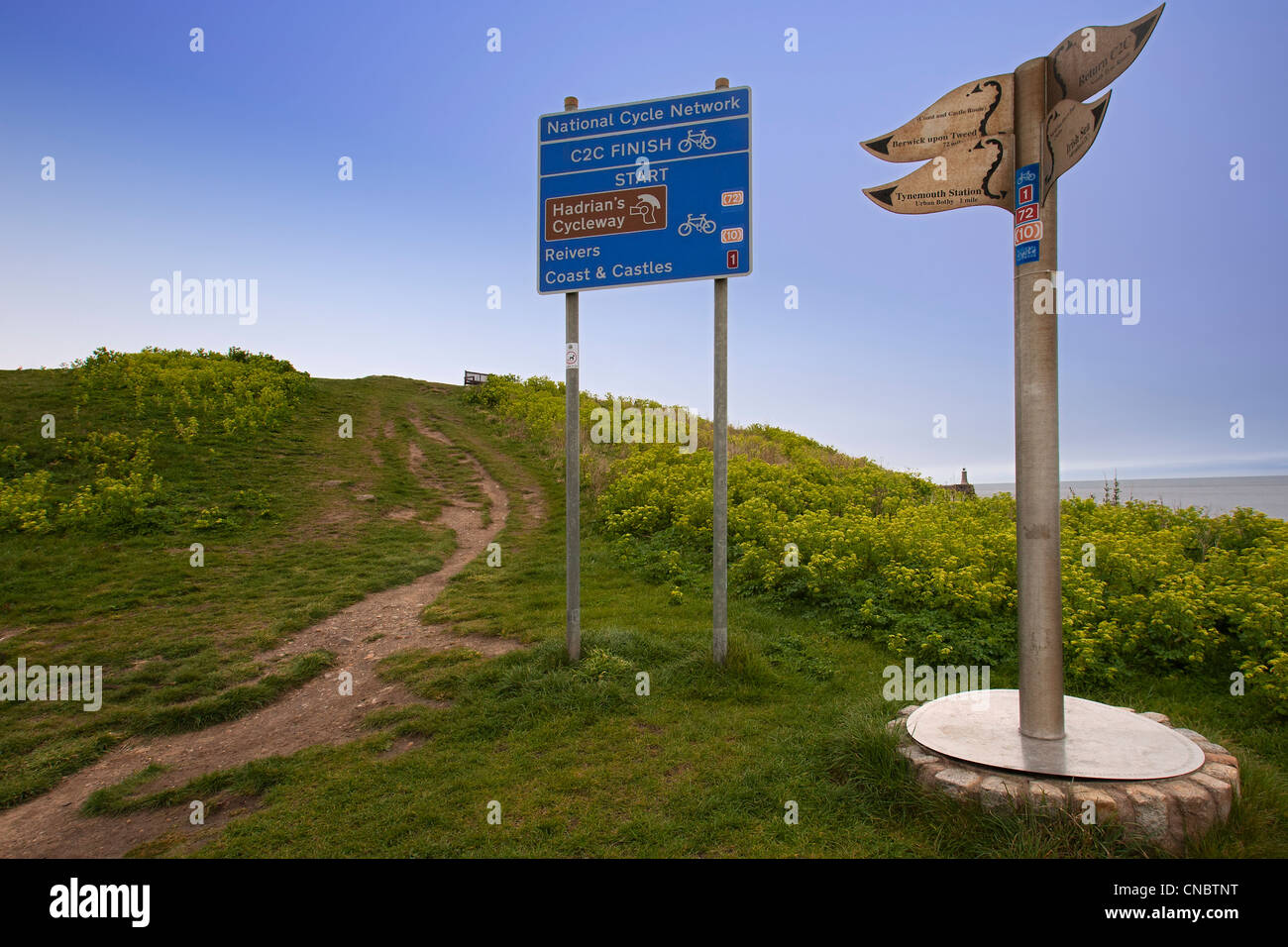 The start of the Hadrian's Cycleway, the national cycle network, Tynemouth, England, UK - Stock Image