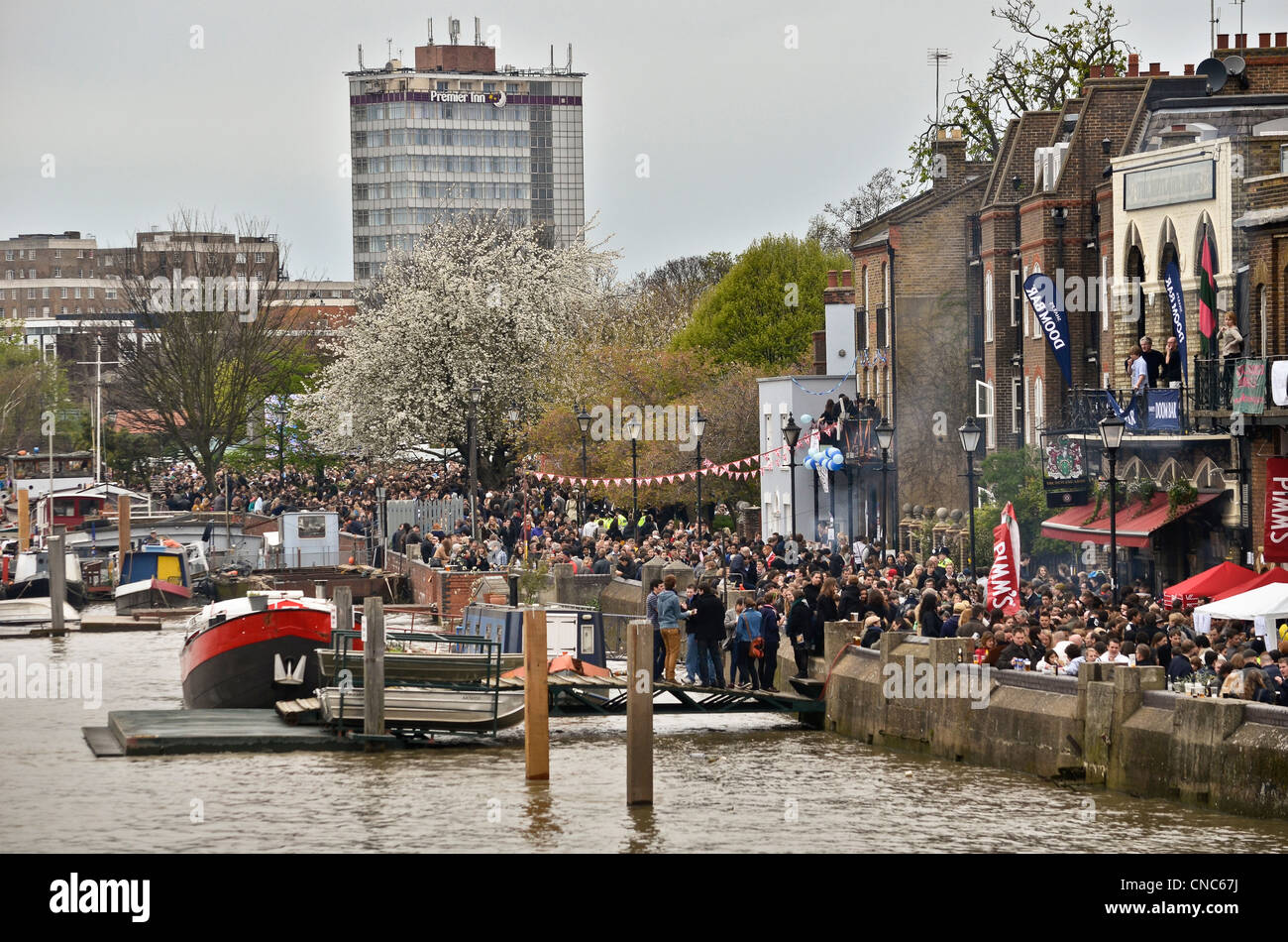The 158th Xchanging Oxford & Cambridge Universities Boat Race - Stock Image