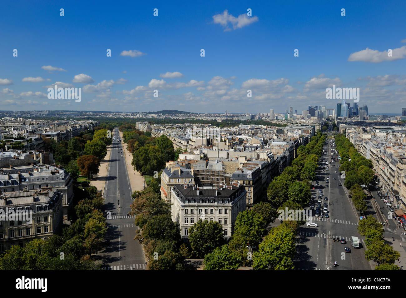 France, Paris, the royal axis from la Concorde to La Defense, avenue de la Grande Armee on the right, and the avenue - Stock Image