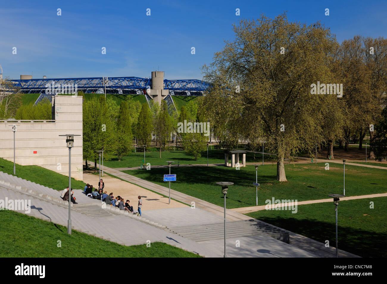 France, Paris, Palais Omnisports de Paris Bercy by architects Michel Andrault and Pierre Parat - Stock Image